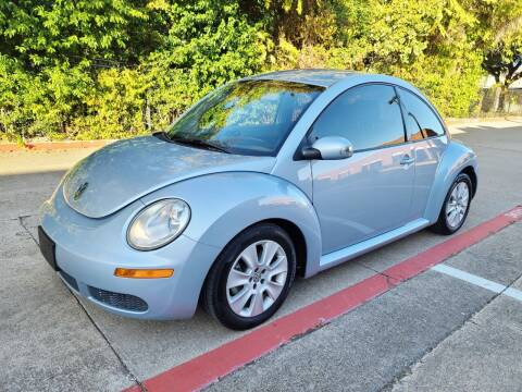 2009 Volkswagen New Beetle for sale at DFW Autohaus in Dallas TX