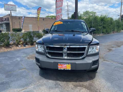 2007 Dodge Dakota for sale at RON'S AUTO SALES INC in Cicero IL
