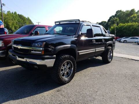 2005 Chevrolet Avalanche for sale at TR MOTORS in Gastonia NC