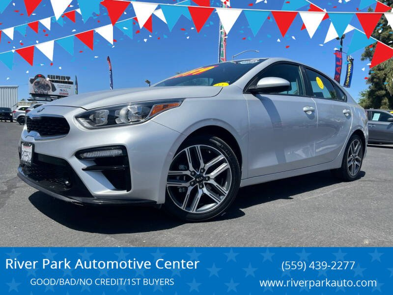 2019 Kia Forte for sale at River Park Automotive Center in Fresno CA