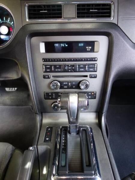 2012 Ford Mustang V6 2dr Fastback - Austin TX