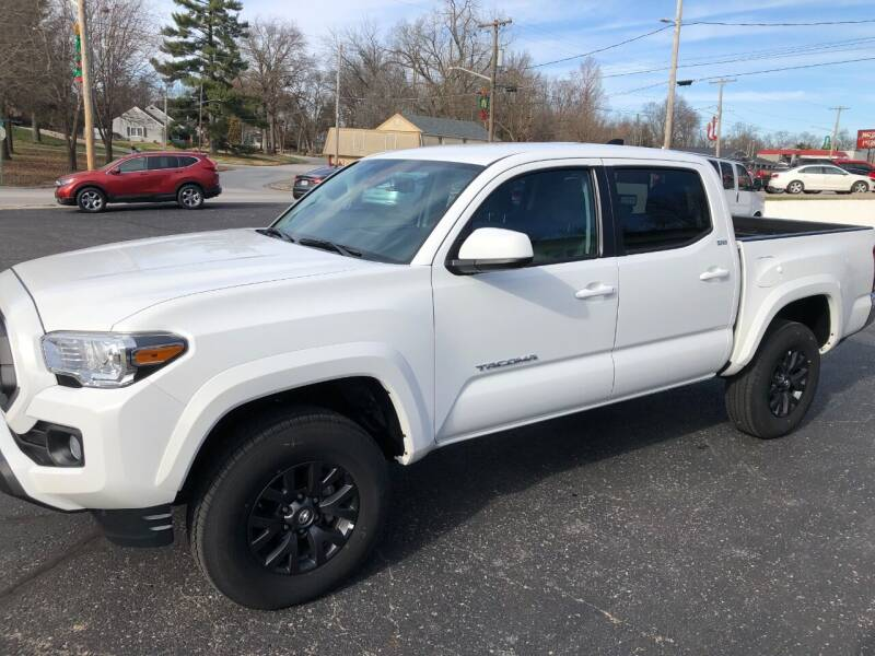 2020 Toyota Tacoma for sale at Teds Auto Inc in Marshall MO
