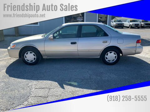 2000 Toyota Camry for sale at Friendship Auto Sales in Broken Arrow OK