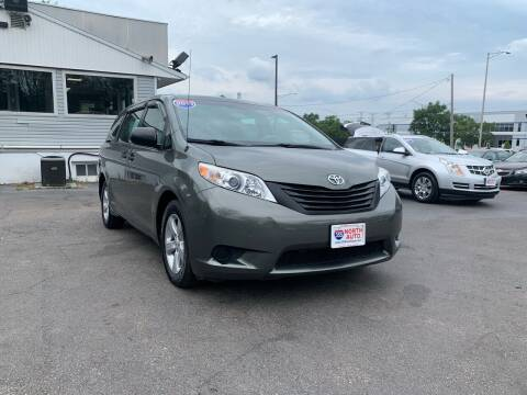 2011 Toyota Sienna for sale at 355 North Auto in Lombard IL