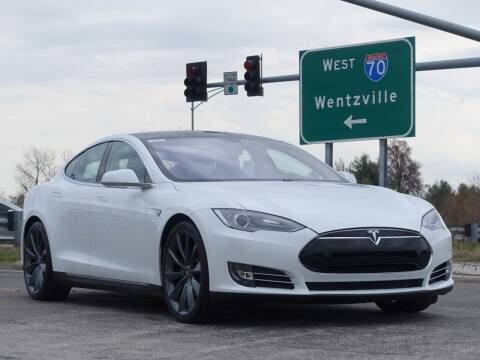 2013 Tesla Model S for sale at Its Alive Automotive in Saint Louis MO