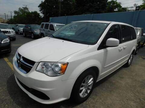2013 Dodge Grand Caravan for sale at Gus's Used Auto Sales in Detroit MI