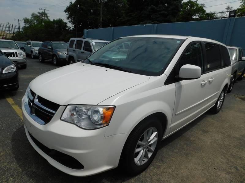 2013 Dodge Grand Caravan for sale at Gus's Used Auto Sales in Detroit MI