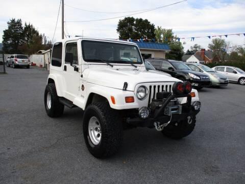 1998 Jeep Wrangler for sale at Supermax Autos in Strasburg VA