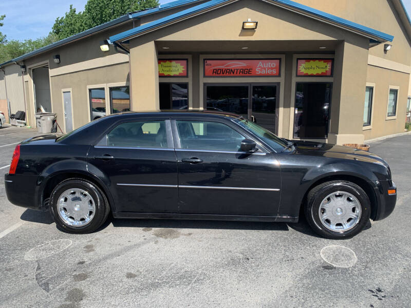 2009 Chrysler 300 for sale at Advantage Auto Sales in Garden City ID