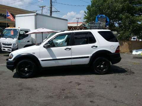 1998 Mercedes-Benz M-Class for sale at Drive Deleon in Yonkers NY