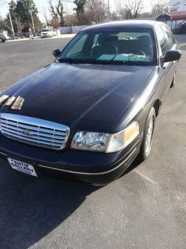 2003 Ford Crown Victoria for sale at Auto Gallery in Hampton VA