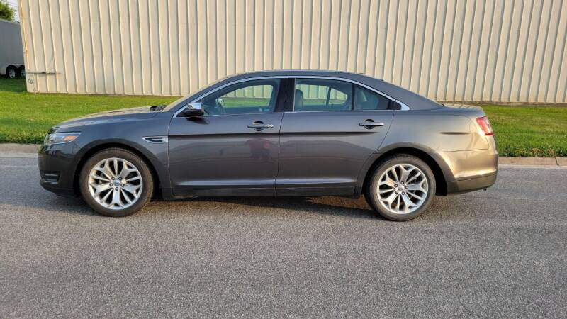 2015 Ford Taurus for sale at TNK Autos in Inman KS