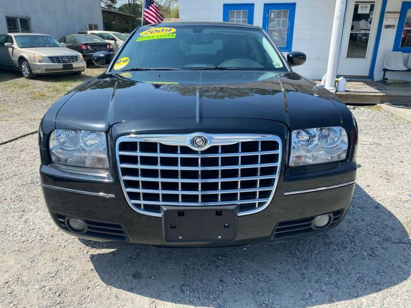 2009 Chrysler 300 for sale at Advantage Motors in Newport News VA