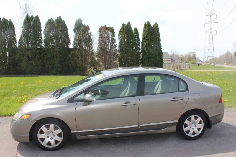2006 Honda Civic for sale at D & B Auto Sales LLC in Washington Township MI