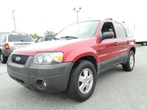 2006 Ford Escape for sale at Auto House Of Fort Wayne in Fort Wayne IN