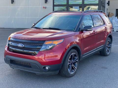 2015 Ford Explorer for sale at MAGIC AUTO SALES in Little Ferry NJ