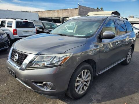 2015 Nissan Pathfinder for sale at Auto Center Of Las Vegas in Las Vegas NV