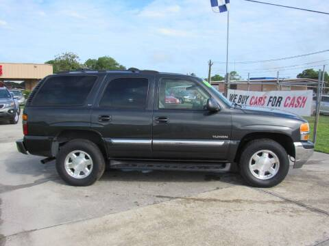 2004 GMC Yukon for sale at Checkered Flag Auto Sales NORTH in Lakeland FL