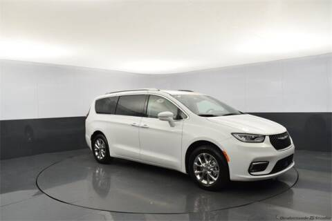 2021 Chrysler Pacifica for sale at Tim Short Auto Mall in Corbin KY