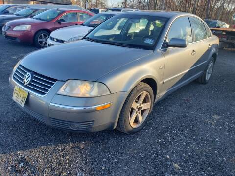 2004 Volkswagen Passat for sale at CRS 1 LLC in Lakewood NJ