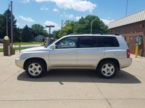 2001 Toyota Highlander for sale at RIVERSIDE AUTO SALES in Sioux City IA
