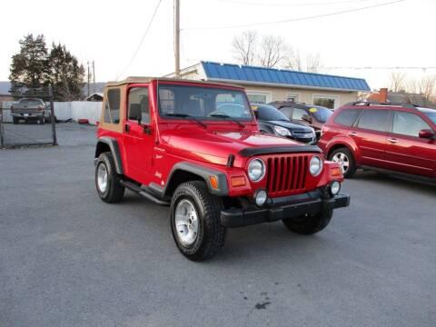 2002 Jeep Wrangler for sale at Supermax Autos in Strasburg VA