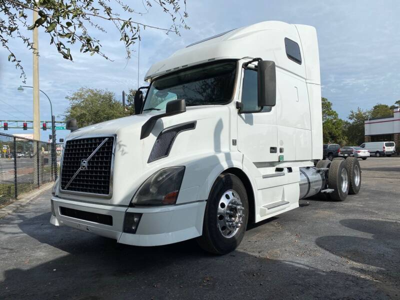 2015 Volvo VNL for sale at The Auto Market Sales & Services Inc. in Orlando FL