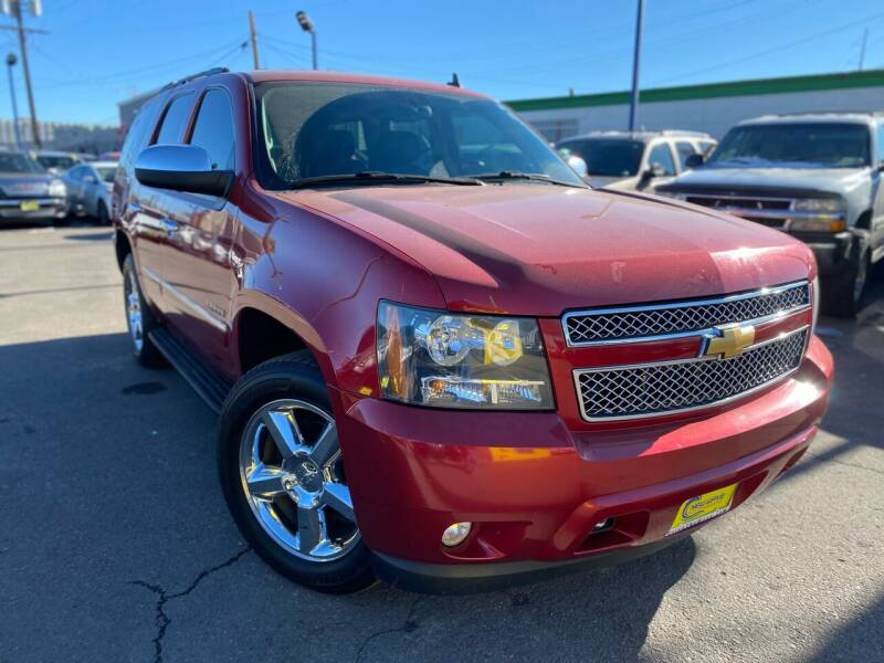 2012 Chevrolet Tahoe for sale at New Wave Auto Brokers & Sales in Denver CO