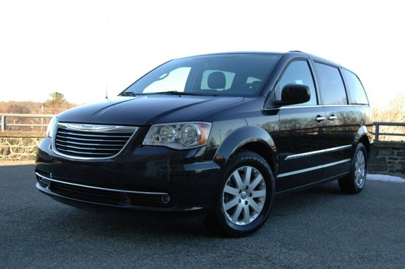 2016 Chrysler Town and Country for sale at Salem Motorsports in Salem MA