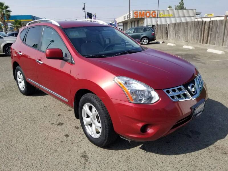 2011 Nissan Rogue for sale at Showcase Luxury Cars II in Fresno CA