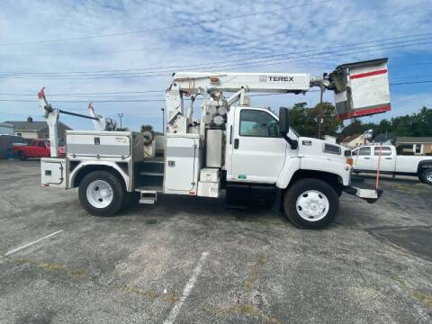 2008 GMC C7500 for sale at Groesbeck TRUCK SALES LLC in Mount Clemens MI