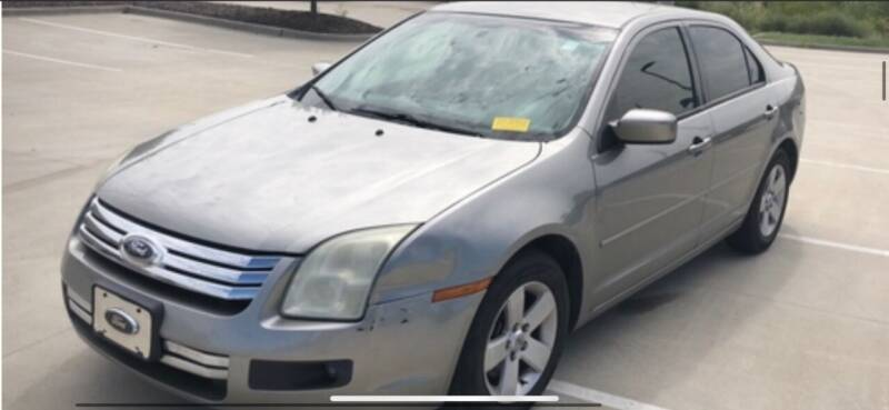 2008 Ford Fusion for sale at VICTORY LANE AUTO in Raymore MO