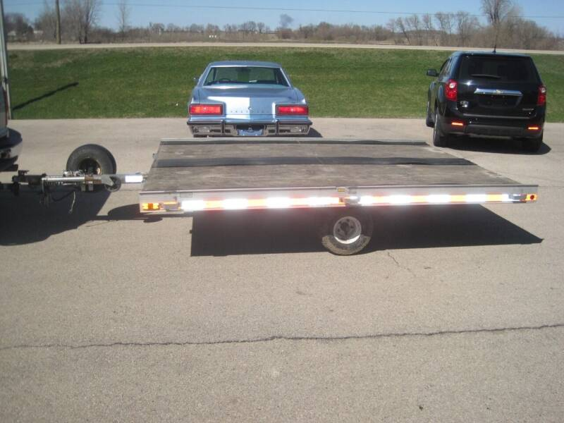 1987 Triton 8 FT X 10 FT  for sale at G T AUTO PLAZA Inc in Pearl City IL