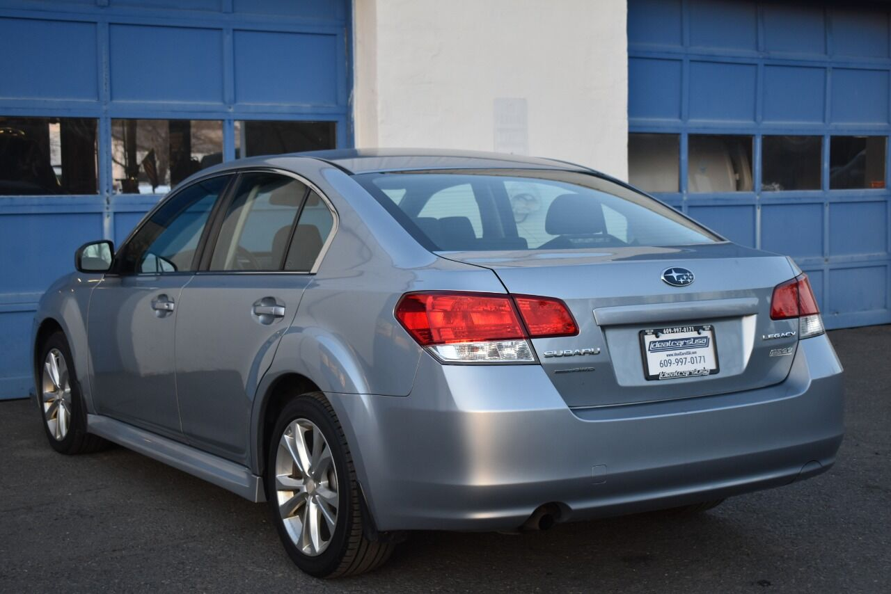 2014 Subaru Legacy 2.5i AWD 4dr Sedan CVT full