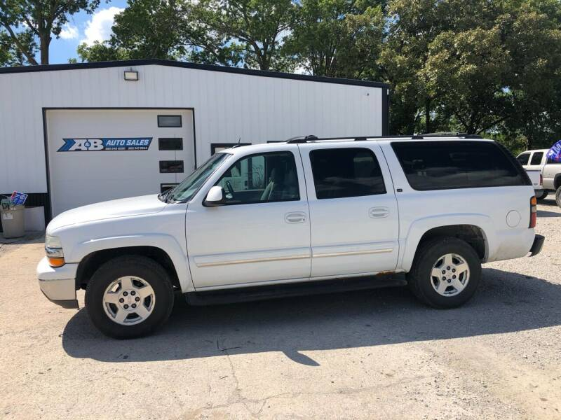 2004 Chevrolet Suburban for sale in Chillicothe, MO