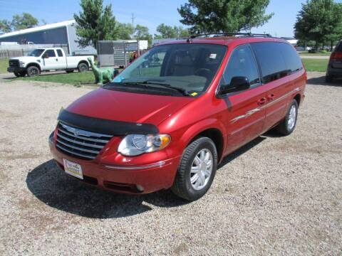 2005 Chrysler Town and Country for sale at Car Corner in Sioux Falls SD