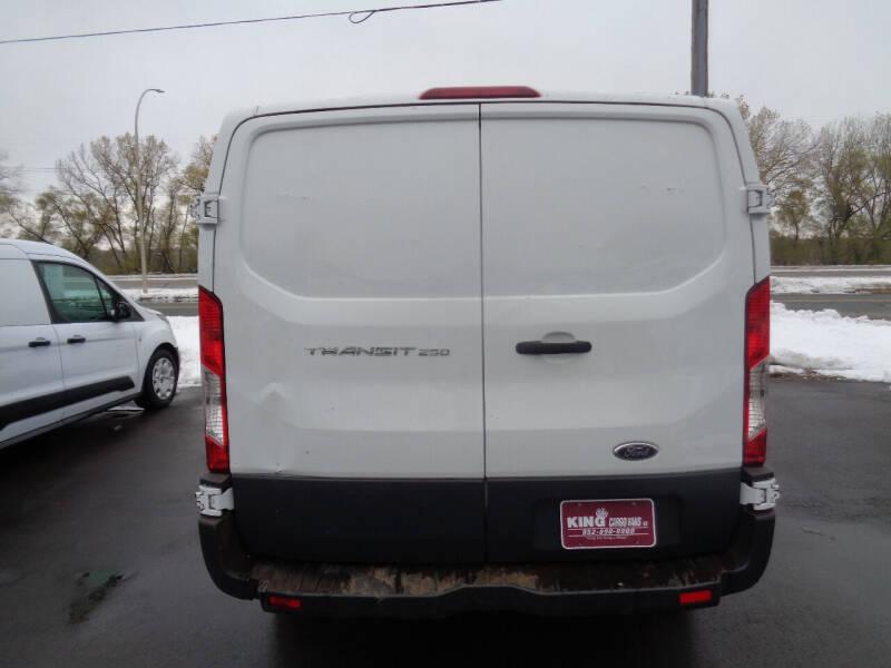 2015 Ford Transit Cargo 250 3dr SWB Low Roof Cargo Van w/60/40 Passenger Side Doors - Savage MN
