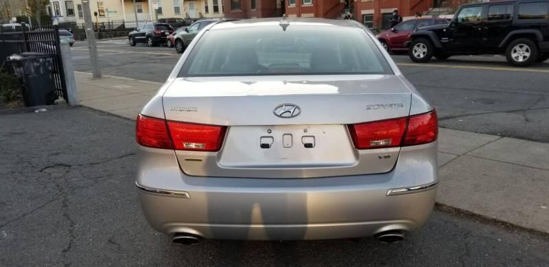 2009 Hyundai Sonata Limited V6 4dr Sedan - Roxbury MA