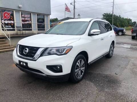 2018 Nissan Pathfinder for sale at Bagwell Motors in Lowell AR