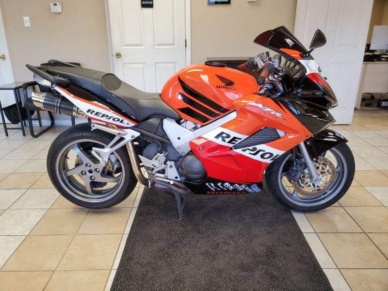 2007 Honda VFR800 for sale at Raleigh Motors in Raleigh NC