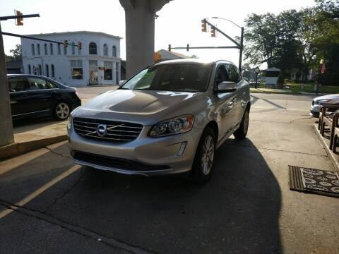 2015 Volvo XC60 for sale at ROBINSON AUTO BROKERS in Dallas NC
