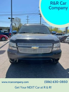 2011 Chevrolet Avalanche for sale at R&R Car Company in Mount Clemens MI