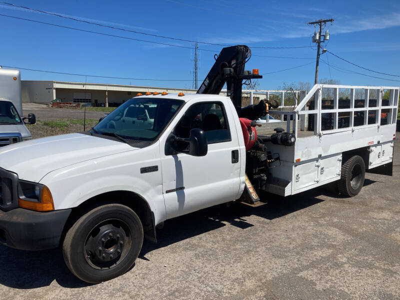 2000 Ford F-550 Super Duty for sale at Ogden Auto Sales LLC in Spencerport NY