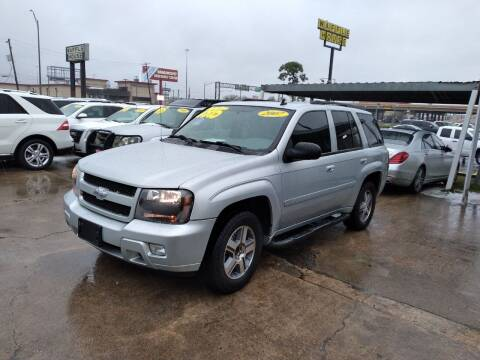2007 Chevrolet TrailBlazer for sale at Taylor Trading Co in Beaumont TX