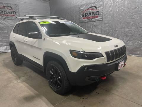 2019 Jeep Cherokee for sale at GRAND AUTO SALES in Grand Island NE