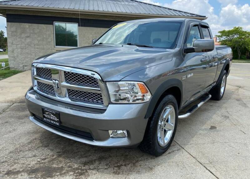 2009 Dodge Ram Pickup 1500 for sale at Auto House of Bloomington in Bloomington IL