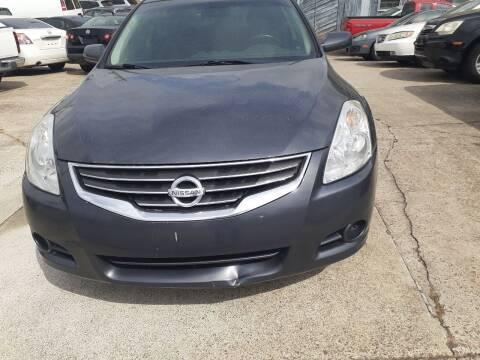 2011 Nissan Altima for sale at Star Car in Woodstock GA