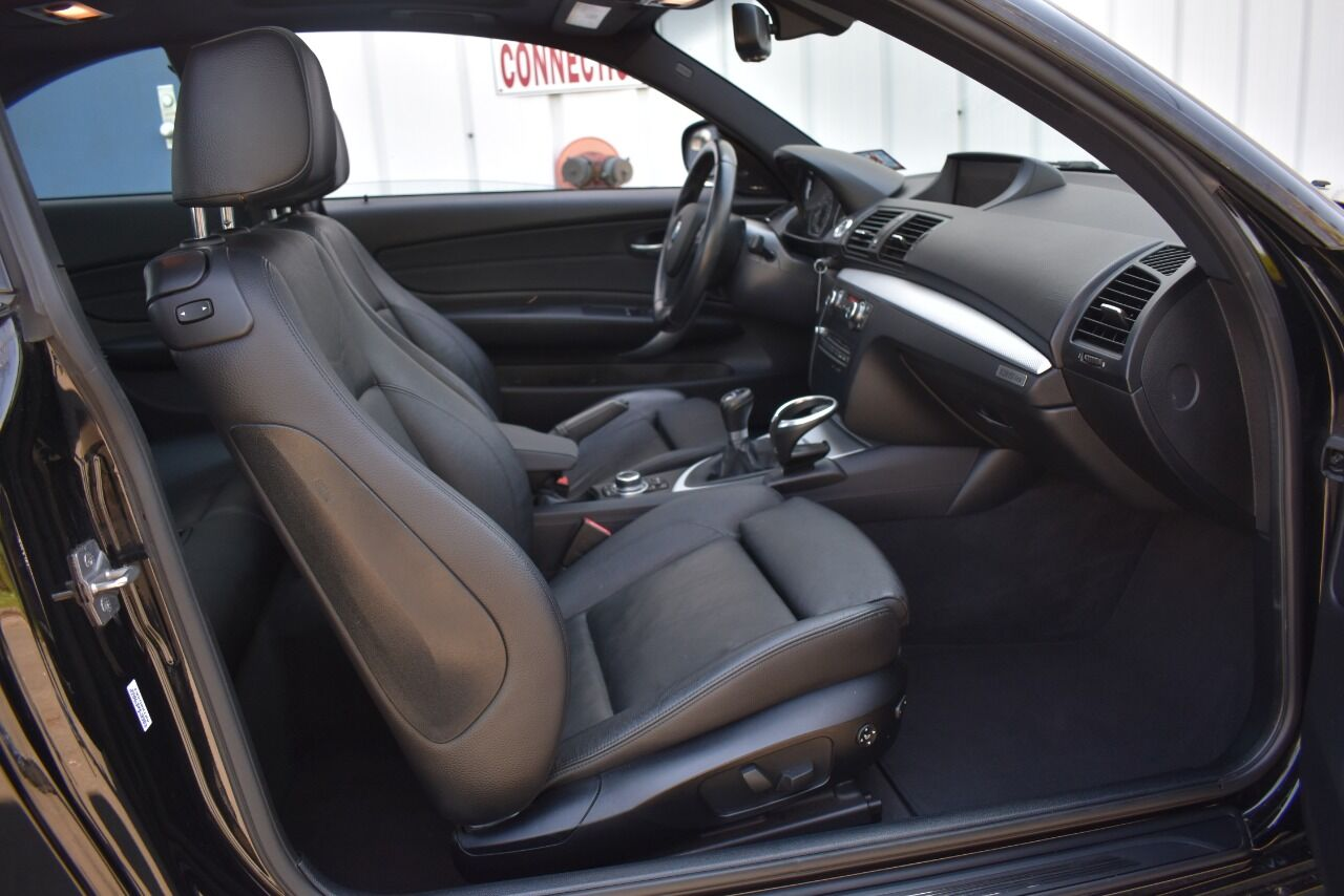 2013 BMW 1 Series 135is 2dr Coupe full