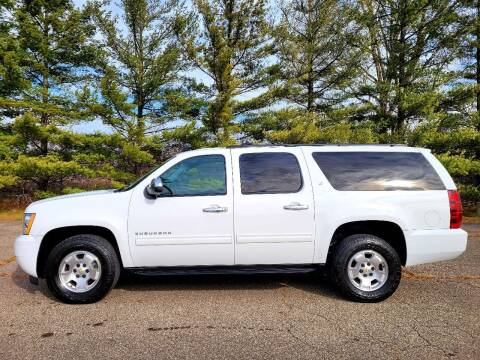 2014 Chevrolet Suburban for sale at Finish Line Auto Sales Inc. in Lapeer MI