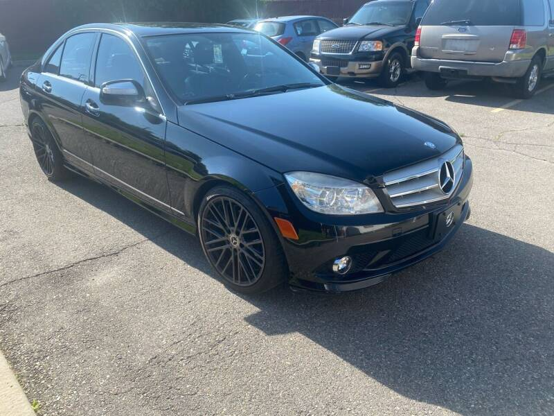 2009 Mercedes-Benz C-Class for sale at The Car-Mart in Murray UT
